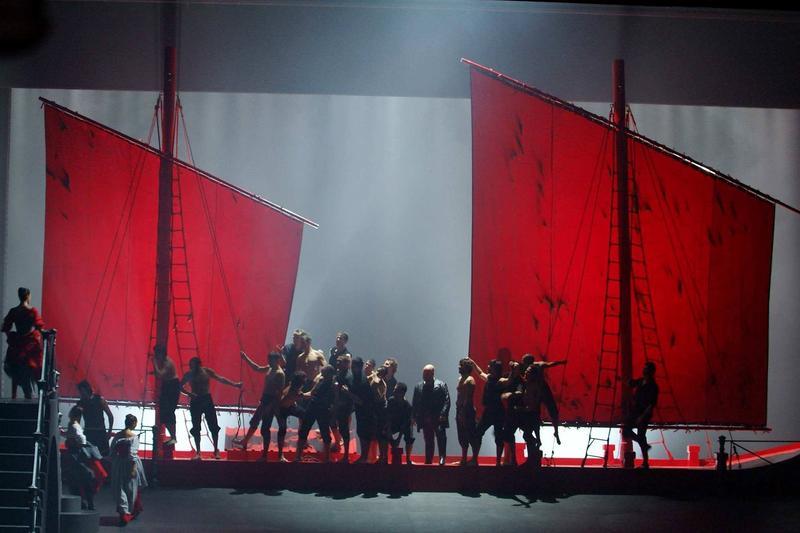Ponchielli's <em>La Gioconda</em> from the Bastille Opera in Paris.