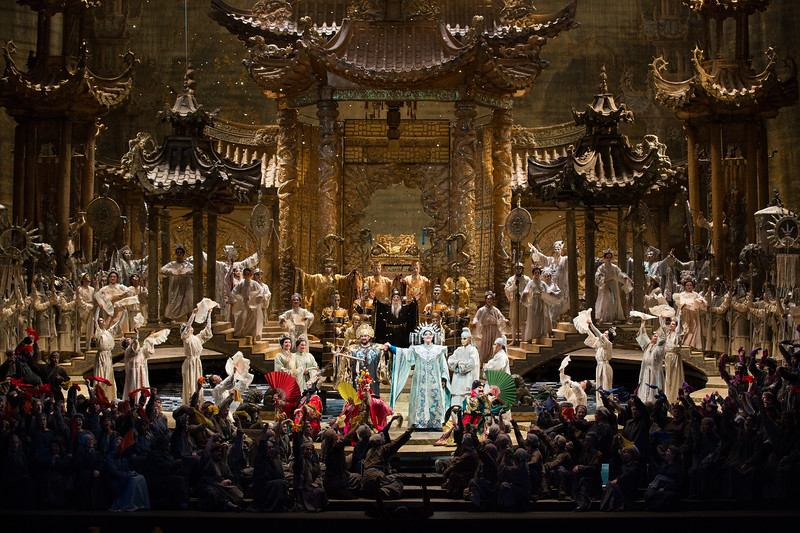 A scene from Puccini's Turandot.
