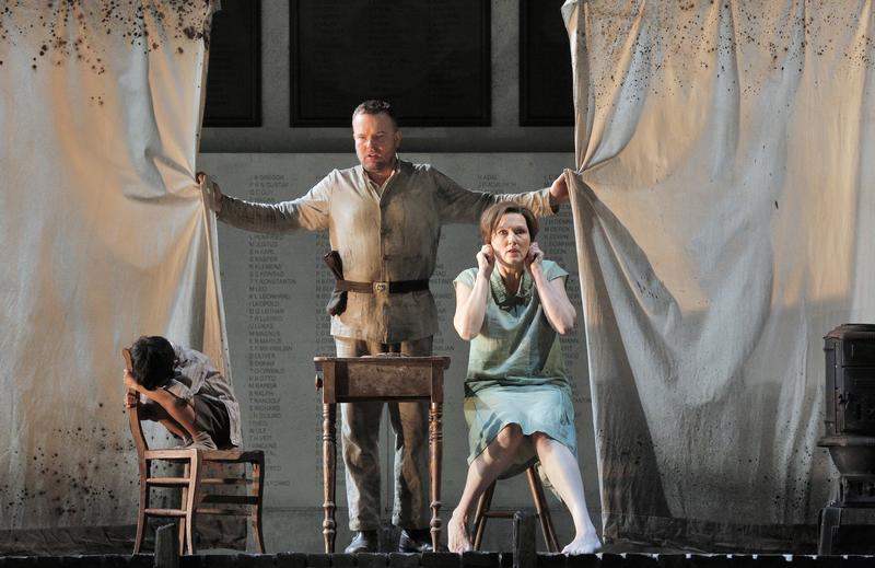Tomasz Konieczny and Angela Denoke star in the Lyric Opera's production of 'Wozzeck.'