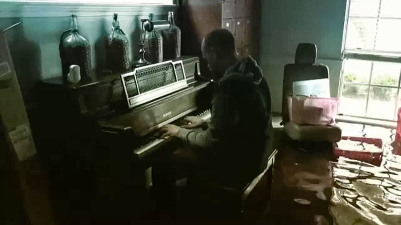Aric Harding at the piano.