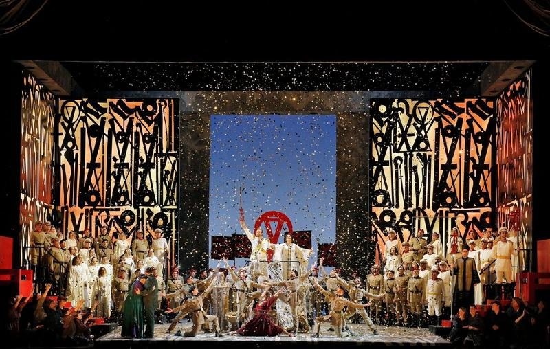 A scene from a San Francisco Opera production of Aida
