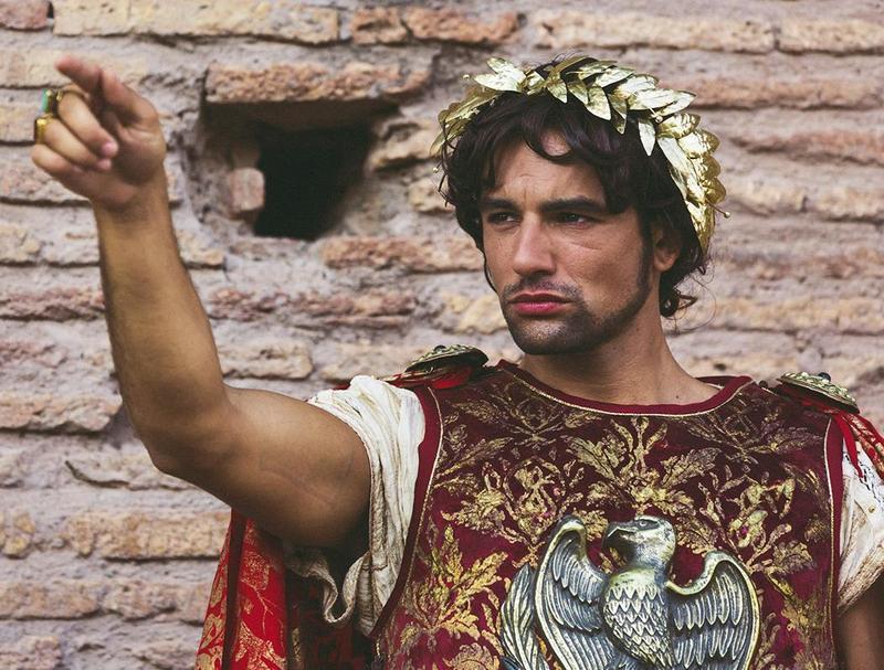 """Giorgio Adamo as Nero in """"Divo Nerone."""""""
