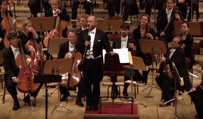 The Hungarian conductor Iván Fischer spoke in Berlin about the migrant crisis in Europe.