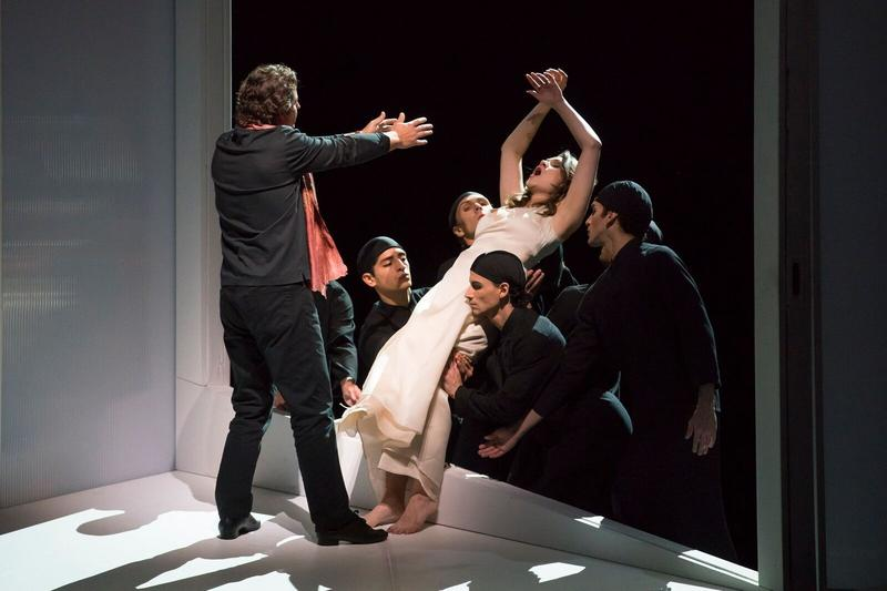 Dmitry Korchak and Andriana Chuchman in the title roles of Gluck's 'Orfeo ed Euridice.'