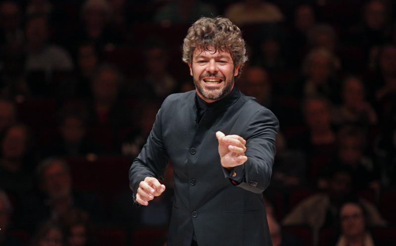 Pablo Heras-Casado conducts the Orchestra of St. Luke's at Carnegie,  April 23, 2015