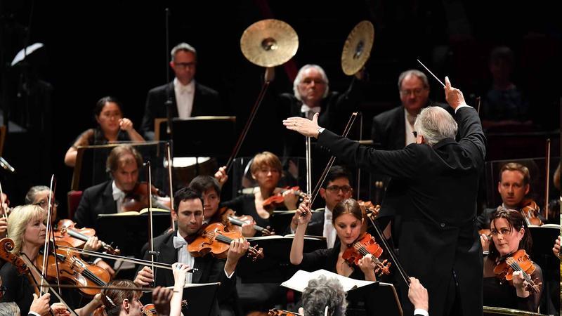 The Orchestre Révolutionnaire et Romantique at the BBC Proms