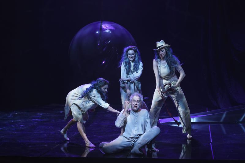 Fagan as Woglinde, Simkin as Flosshilde, Kränzle as Alberich, Bock as Wellgunde