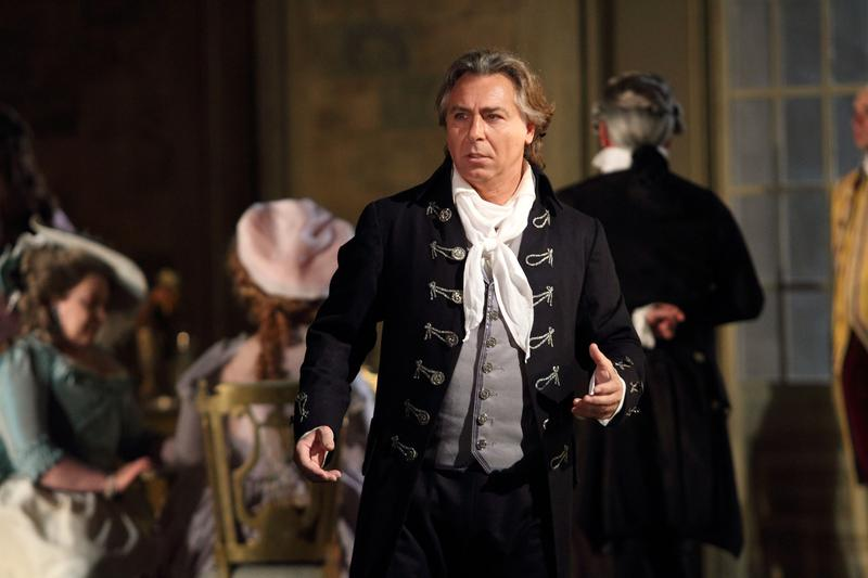 Roberto Alagna in the title role of Giordano's 'Andrea Chénier'