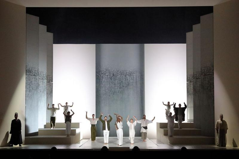 A scene from the Bavarian State Opera's 2019 production of Gluck's 'Alceste'