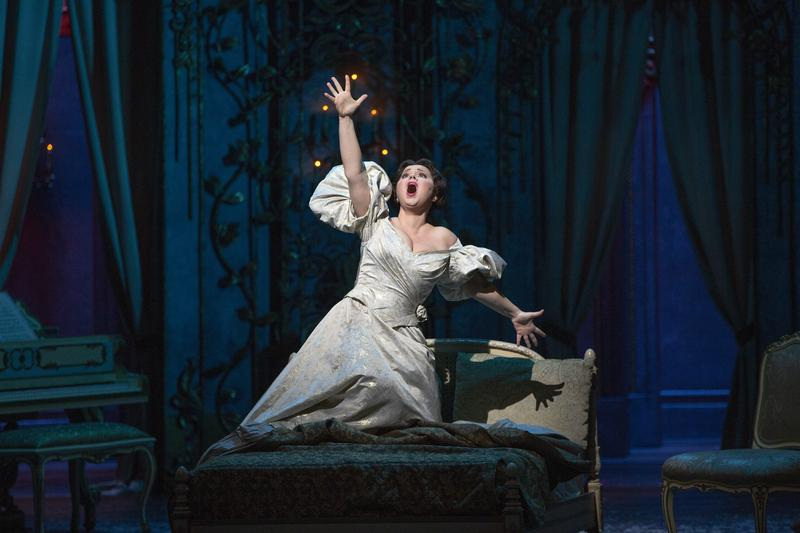 "Aleksandra Kurzak as Violetta in Verdi's ""La Traviata."""
