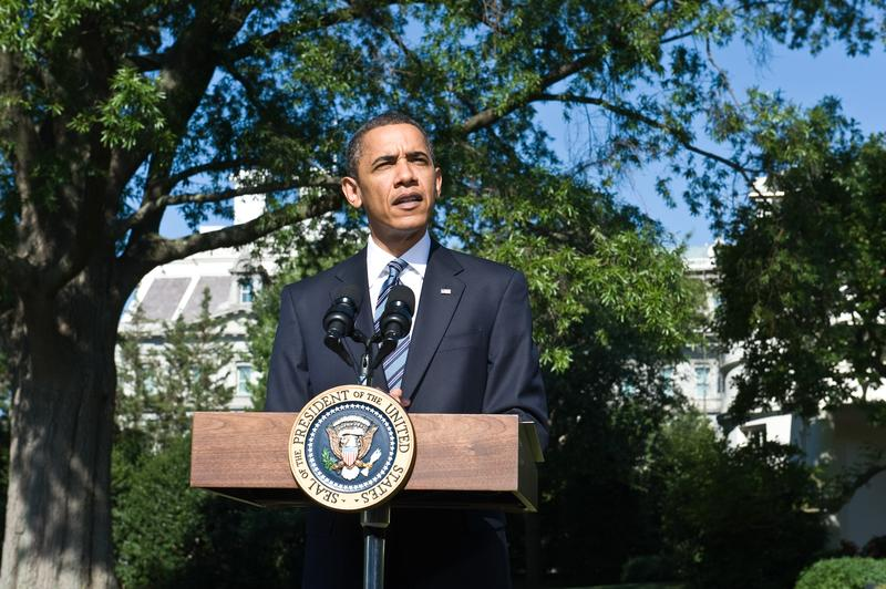 President Barack Obama delivers a statement on financial reform before deparrting the G8 and G20 summits in Toronto at the White House in Washington,DC on June 25, 2010.