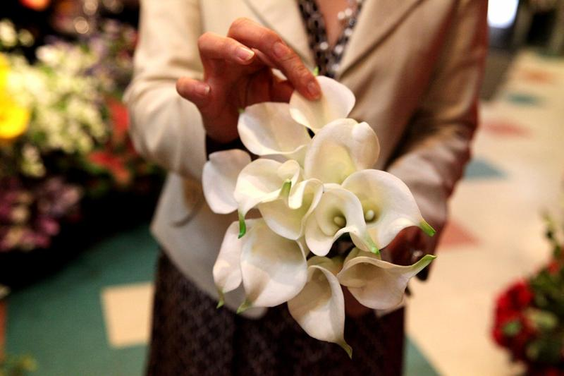 Niche market silk flowers wnyc news wnyc mimi rasamee says the artificial flower industry spent 20 years trying to make a perfect mightylinksfo