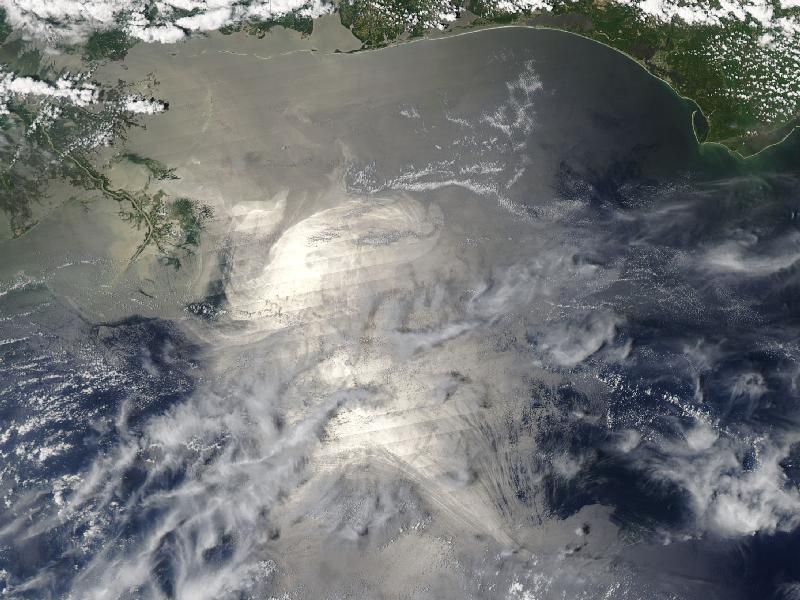 NASA photo shows reach of oil spill