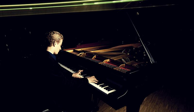 Pianist Joseph Moog.