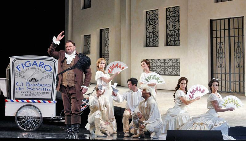 Lucas Meachem as Figaro in a scene from Rossini's 'Il Barbiere di Siviglia.'