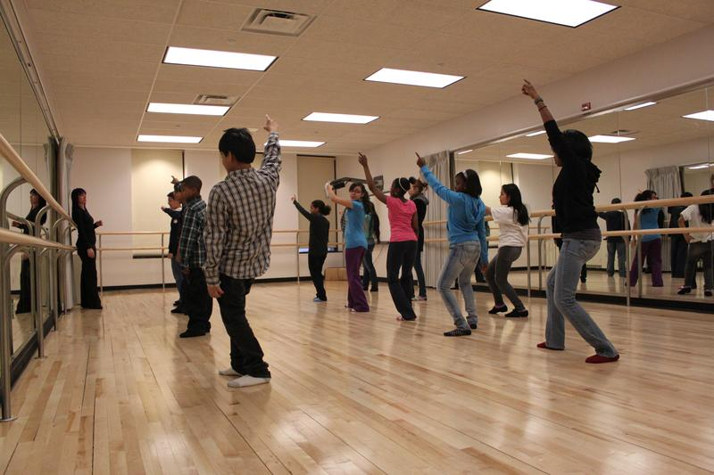Middle school students in a Wingspan Arts dance program