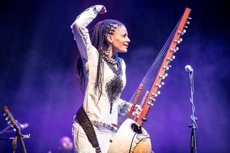 Sona Jobarteh, first female Kora virtuoso from a west African Griot family, singer, producer, composer and multi-instrumentalist.