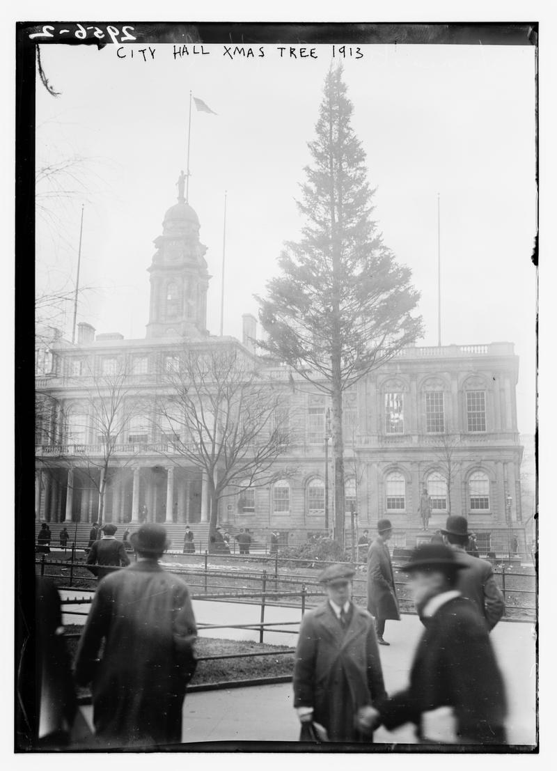 City Hall Xmas Tree 1913