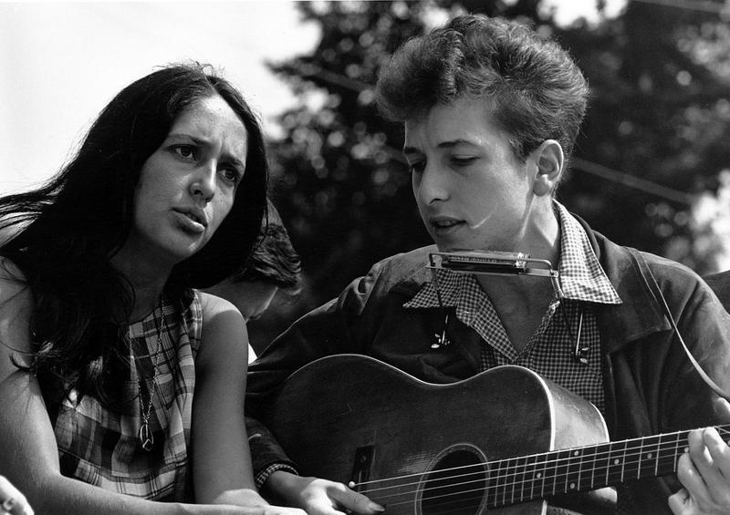 Joan Baez and Bob Dylan in 1963