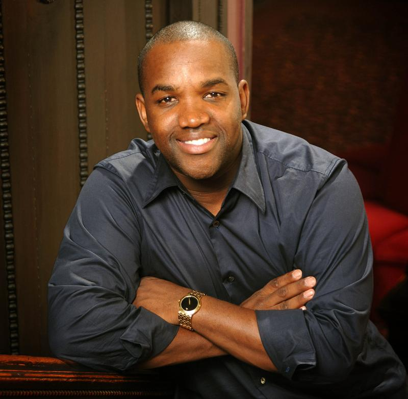 Tenor Lawrence Brownlee has entered a challenge to lose pounds to raise autism awareness.