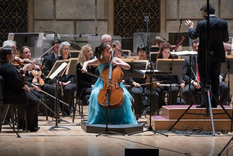 Esther Yu performs with the Rochester Philharmonic Orchestra.