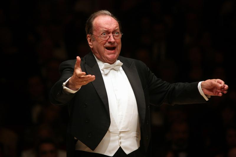 Nikolaus Harnoncourt leads the Vienna Philharmonic at Carnegie Hall in 2010.