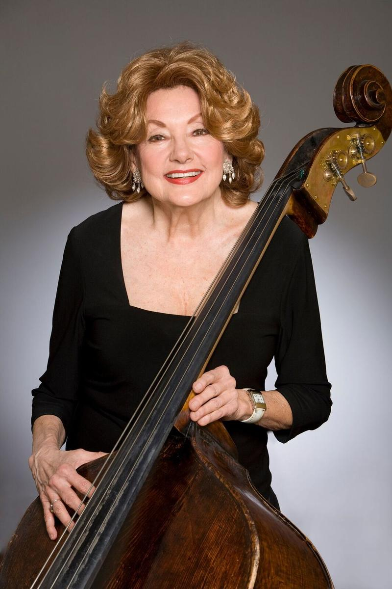Jane Little, double bassist of the Atlanta Symphony Orchestra, died during a concert on May 15, 2016.