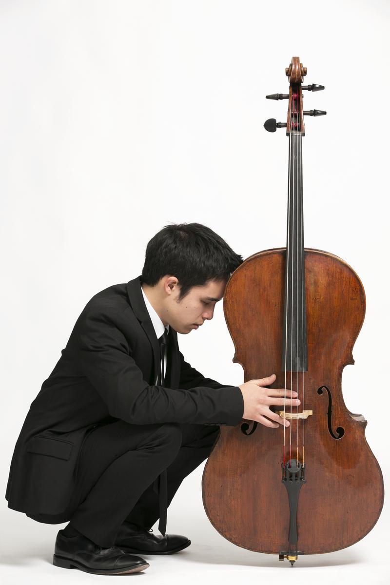 Cellist Jay Campbell.