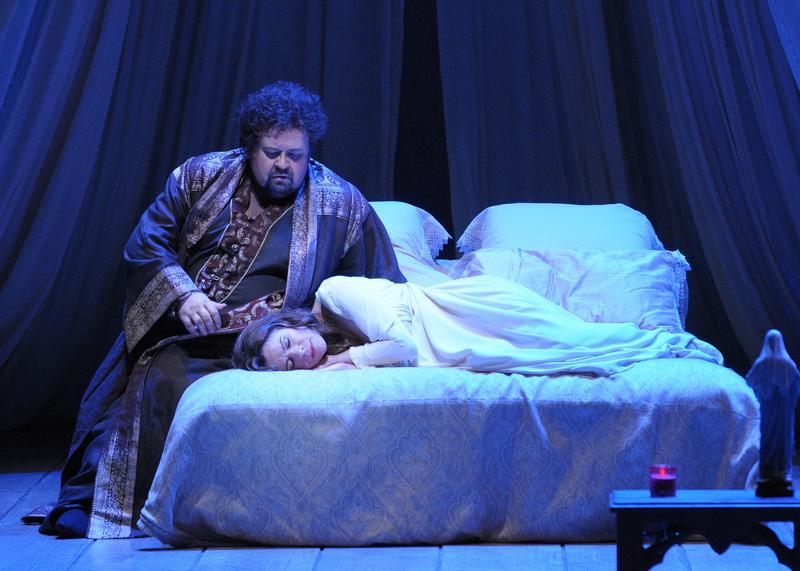 Johan Botha as Otello and Ana Maria Martinez as Desdemona in 'Otello' at the Lyric Opera Chicago.