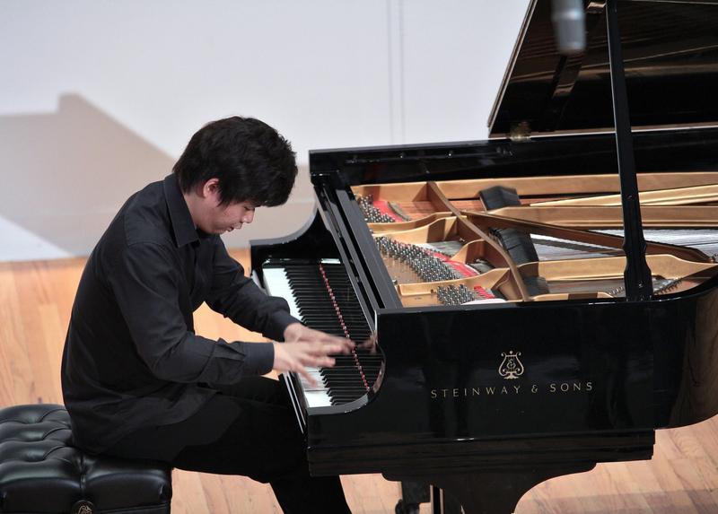 Pianist Jun Hwi Cho.