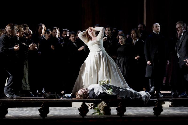 Bellini's 'La Straniera' from the Theater an der Wien in Vienna.