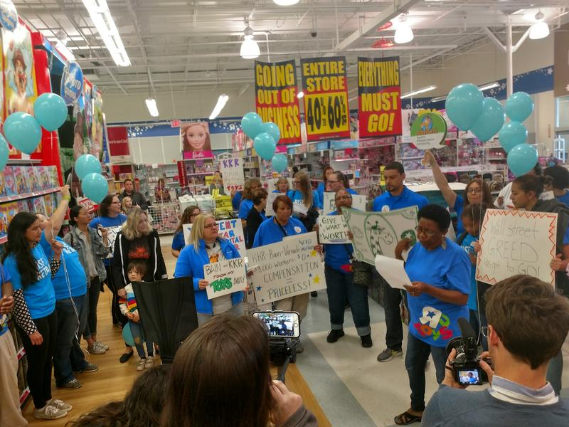 laid off toys r us employees protest for severance wnyc news wnyc