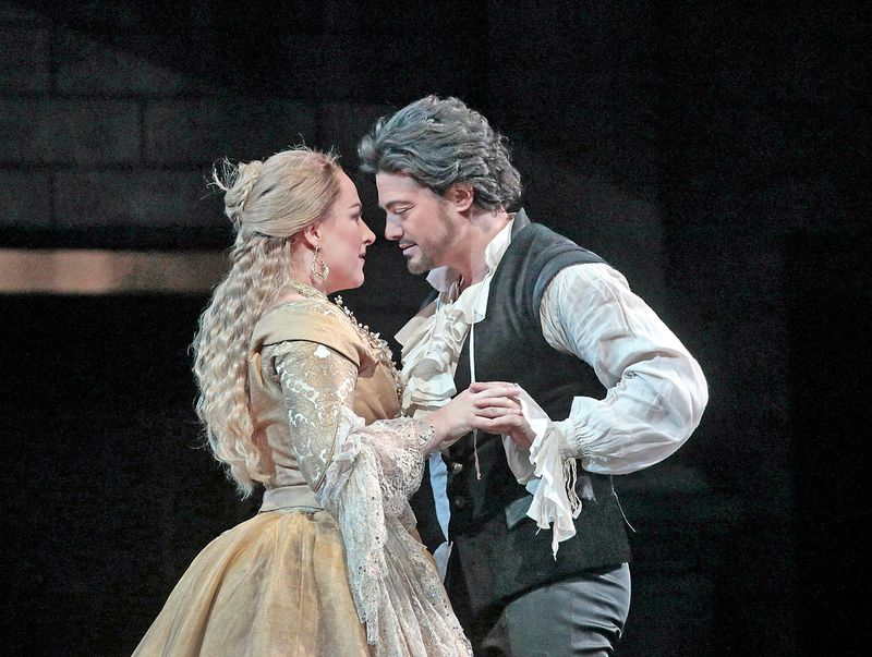 Vittorio Grigolo and Diana Damrau star as the title characters in Gounod's 'Roméo et Juliette'