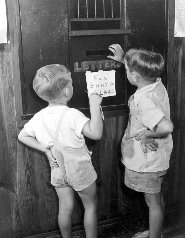 Yes virginia there is a santa claus annotations the neh mailing letters to santa in the special letter box 1947 spiritdancerdesigns Images