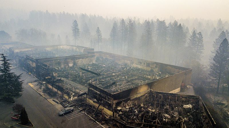 california farm workers toil amid smoke from devastating fires the