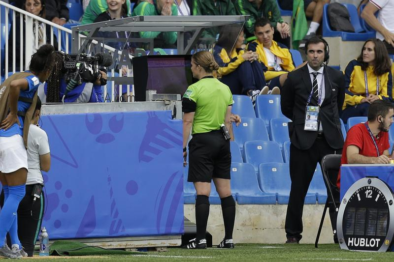 Instant Replay Draws Scrutiny in Women's World Cup