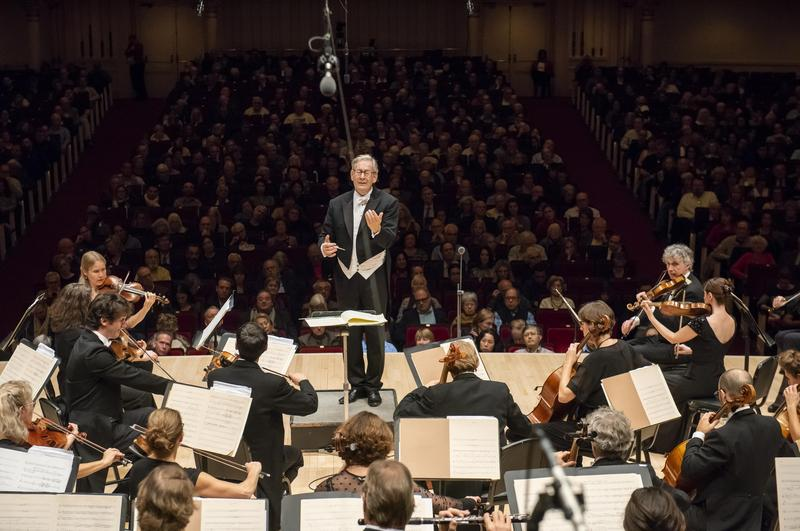 John Eliot Gardiner conducts the Orchestre Revolutionaire et Romantique at Carnegie Hall