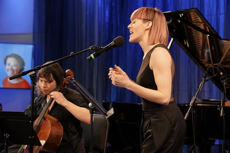 Mezzo-soprano Lucy Dhegrae and cellist Andrew Yee in the Greene Space