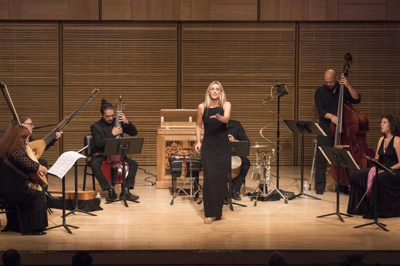 L'Arpeggiata with soprano Céline Scheen