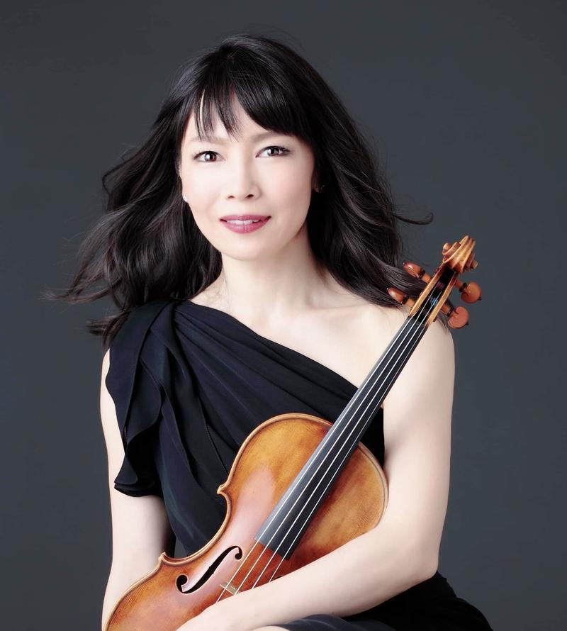 Violinist Eiko Kano