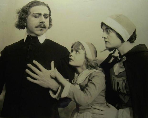 the 1917 film adaptation of The Scarlet Letter . Arthur Dimmesdale ...