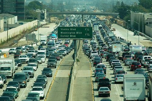 Highway 405 in Los Angeles (photo by Atwater Village Newbie via Flickr)