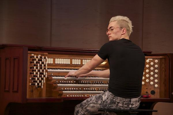 Cameron Carpenter setting up a Rodgers 4-manual organ in the Greene Space on April 19, 2012.