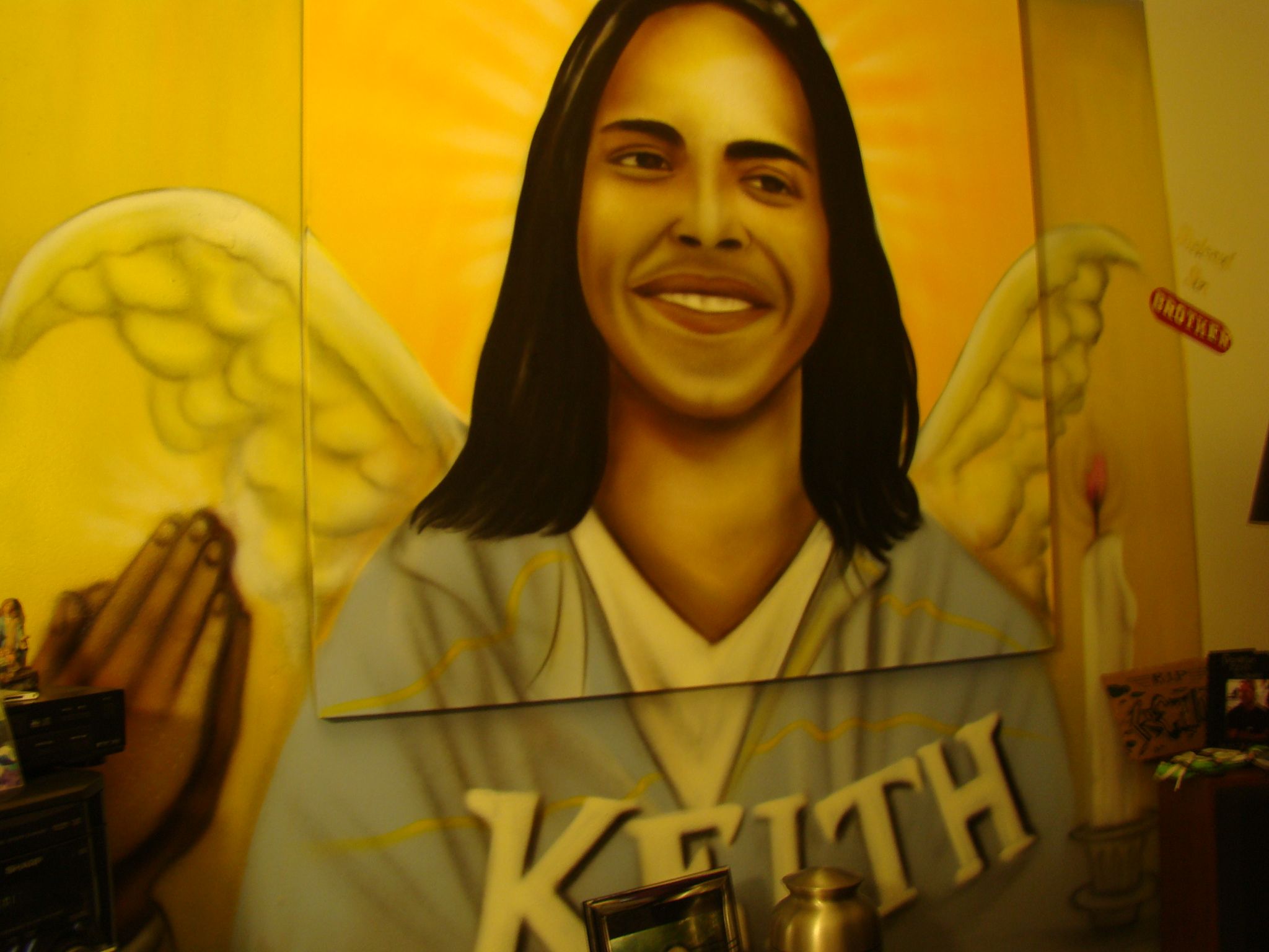 In Keith's room, legendary local graffiti artist Chico painted a mural of Keith with angel wings that takes up one whole wall.